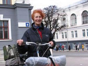 Наша знакомая 70-летняя велопутешественница из Твери Юлия Михайлюк не доехала до Чукотки 2771340